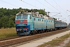 Locomotive ChS8-003 2018 G1.jpg