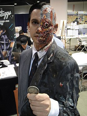 Cosplay de Double-Face.