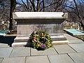 Longfellow-Grave2.jpg
