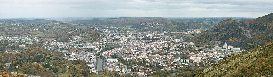 Lourdes vue du Béout.JPG