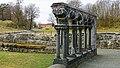 Lyse kloster i Os - arkade sett mot Lysekloster hovedgård.jpg