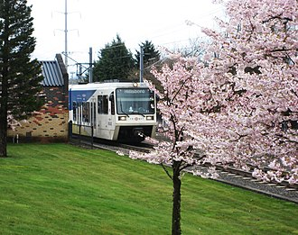 MAX Light Rail - A westbound Blue Line train seen at Willow Creek/Southwest 185th Avenue Transit Center in 2008