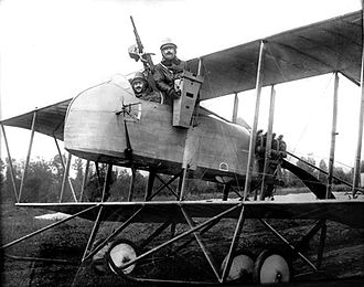 Farman MF.11 - Reconnaissance version of the MF.11 with camera detail
