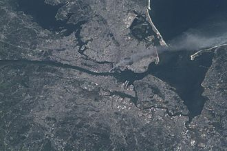 Health effects arising from the September 11 attacks - International Space Station image taken on September 11, 2001, with the smoke plume rising from lower Manhattan and extending over Brooklyn (Expedition 3 crew)