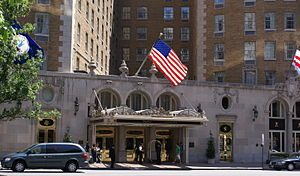 Mayflower Hotel - Front entrance to Mayflower Hotel
