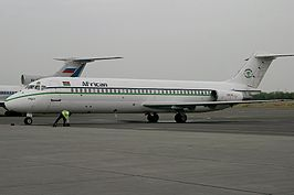 McDonnell Douglas DC-9-32, African Express Airways AN0811041.jpg