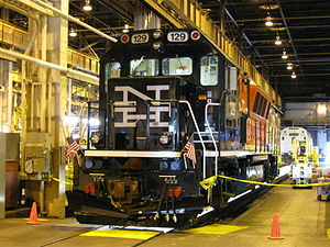 Metro-North Railroad Connecticut DOT Brookville BL20GH 129.jpg