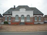 Metz-en-Couture - Mairie.JPG