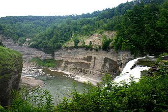 Glacial geology of the Genesee River - Middle Falls and the Devonian rock gorge of the Genesee River at Letchworth State Park
