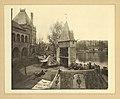 Millenniumi kiállítás- Vajdahunyad vára, a történelmi főcsoport reneszánsz épülete előtt egy fejedelmi sátor. Fortepan 82006.jpg