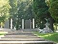 Moncalvo-monumento ai caduti2.jpg