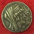 Monetiere di fi, moneta ellenistica argentea di cleopatra thea e antioco VIII, 125-96 ac..JPG