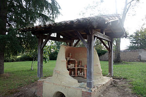 Montans - Roman pottery kiln, as reconstructed in  the Montans archeosite museum in France