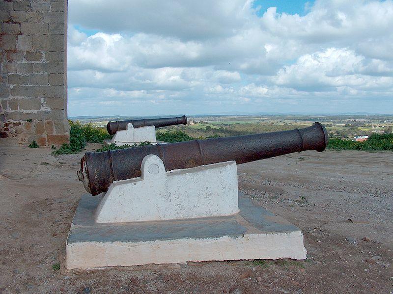 Image:Mourão Castelo Canhão1312.JPG
