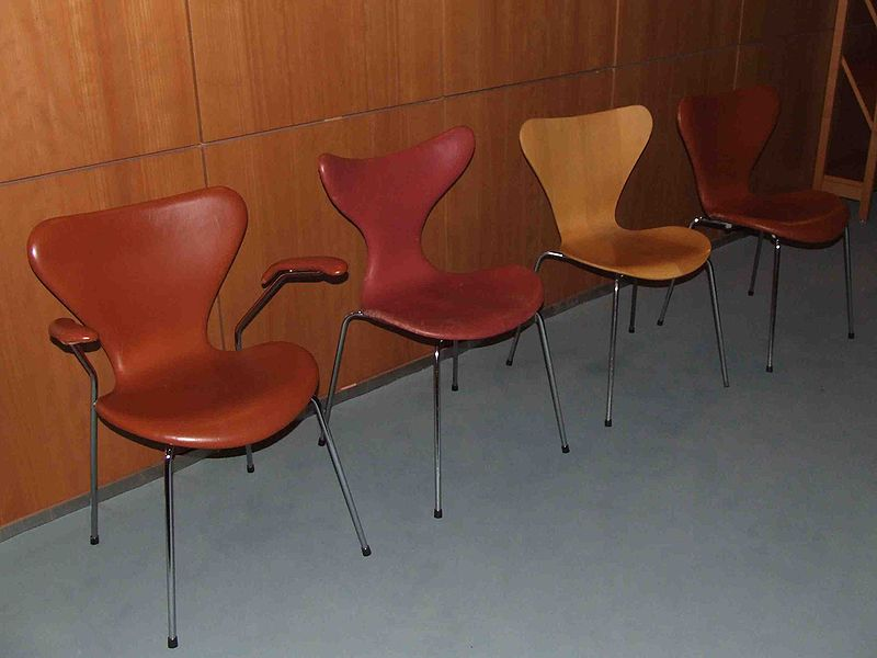 modernesia arne jacobsen father of danish modern. Black Bedroom Furniture Sets. Home Design Ideas