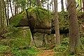 NÖ-Naturdenkmal GD-139 Föhrenbach-Höllgraben-Höllstein 2014-07 - Höllstein.jpg