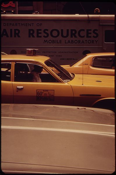 File:NEW YORK ENVIRONMENTAL PROTECTION ADMINISTRATION MOBILE LABORATORY IN MIDTOWN MANHATTAN. AIR POLLUTION VENT CAN BE... - NARA - 549894.jpg