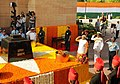 Narendra Modi paying homage to the brave soldiers, who devoted their lives to the nation & fought bravely in 1965, at Amar Jawan Jyoti, India Gate, in New Delhi. The three Service Chiefs, General Dalbir Singh (2).jpg