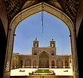 Nasir olmolk mosque-4.jpg
