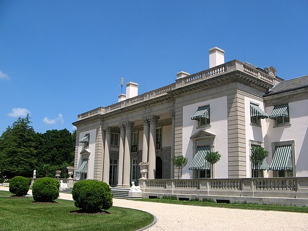 Nemours mansion and gardens for Dupont house