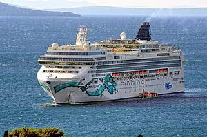 Norwegian Jade - Image: Norwegian Jade (ship, 2006) IMO 9304057; in Split, 2011 10 10; (1)