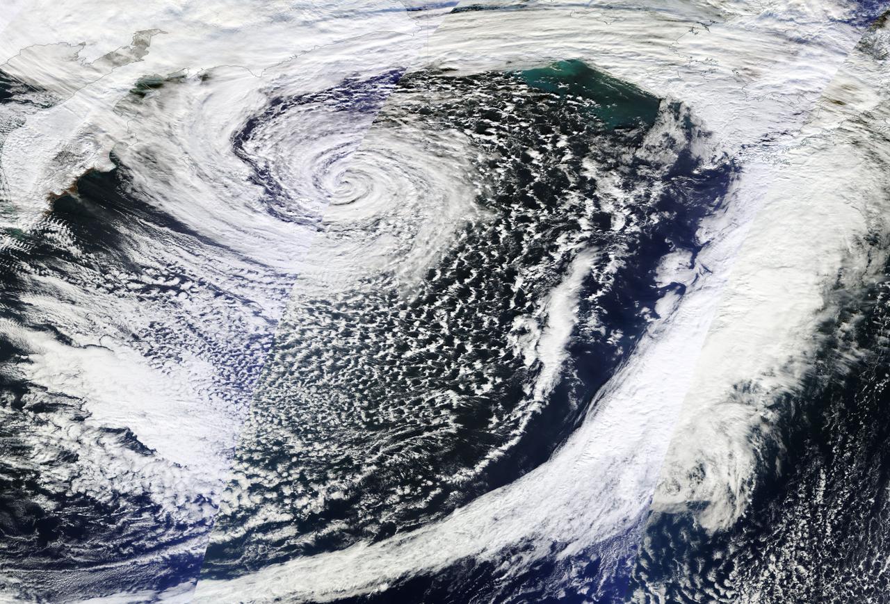 file november 2014 bering sea bomb cyclone peak  on november 8 png