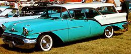 Una Oldsmobile Super 88 del 1957
