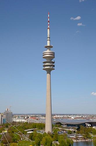 Olympiaturm - Image: Olympiaturm, Múnich, Alemania 2012 04 28, DD 20
