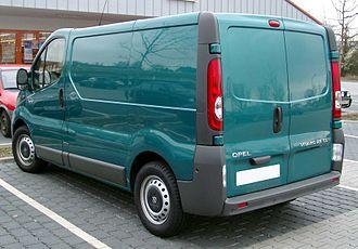 IBC Vehicles - Image: Opel Vivaro rear 20080409
