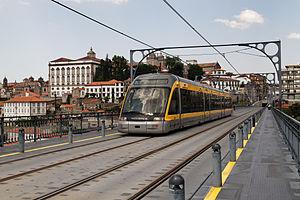 Oporto - Metro de Porto - 20110425 132445