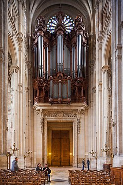Organ of Saint-Eustache, Paris 4 January 2014.jpg