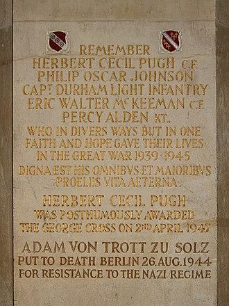 Adam von Trott zu Solz - Inscription in the chapel of Mansfield College, Oxford in memory of alumni including von Trott zu Solz