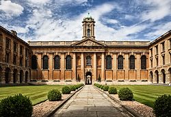 Oxford university The Queen's College by Fenlio.jpg