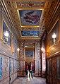P1290811 Fontainebleau chateau rwk.jpg
