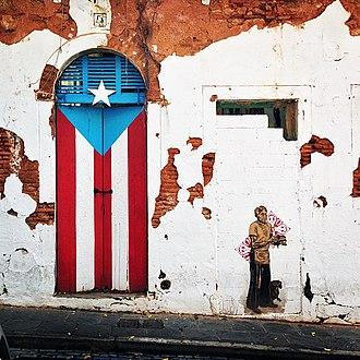 Old San Juan - Painted door and street art in Old San Juan