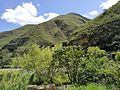 Paisatge a la carretera 8b entre Santo Tomás i Leimebamba amb el riu Utcubamba.jpg