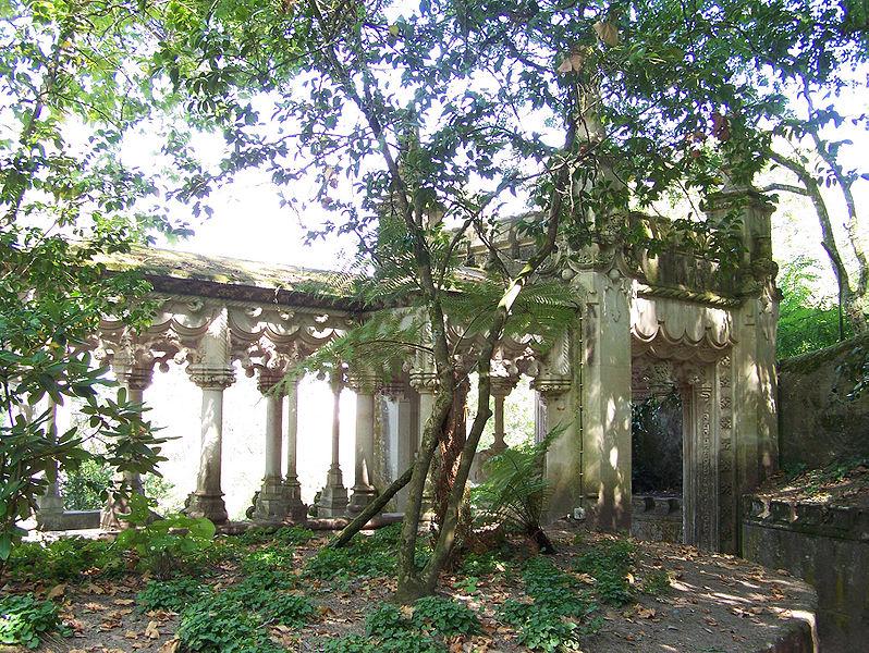 File:Palacio-da-Regaleira Loggia1 Sintra Set-07.jpg