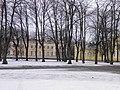 Palais de Peterhof - bâtiment annexe (1).jpg
