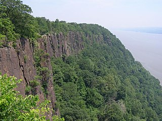 Palisades Sill intrusive igneous body that forms the cliffs largely following the southern portion of the Hudson River