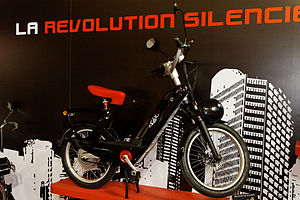 Paris - Salon de la moto 2011 - Velosolex électrique - 006.jpg