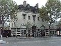 Paris 14e - place Denfert-Rochereau - pavillon Ledoux ouest.JPG