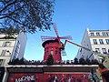 Paris 9e - Moulin Rouge en réparations (déc 2018).jpg