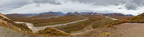 Parque nacional y reserva Denali, Alaska, Estados Unidos, 2017-08-30, DD 07-11 PAN.jpg