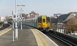 Peckham Rye railway station MMB 14 455842.jpg