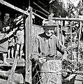 """Pencetov oče (Penca Franc, 88 let) """"puca škupo"""", Male Vodenice 1956.jpg"""