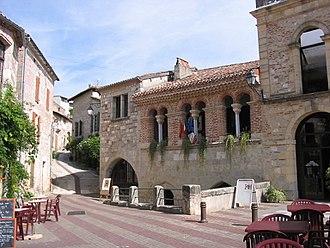Penne-d'Agenais - A view within Penne-d'Agenais