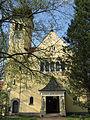 Penzberg-Denkmalgeschützte Gebäude evangelische Kirche 19-04-2011.JPG