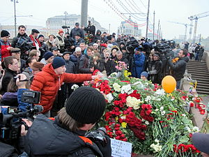 Assassination of Boris Nemtsov - People gathered at the site of Boris Nemtsov's murder, 28 February 2015