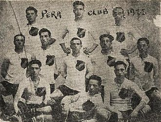 AEK Athens F.C. - Players of Pera Club. Kostas Negrepontis is on the left