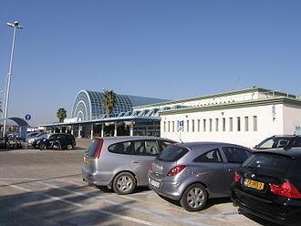 Abruzzo Airport - Parking and terminal